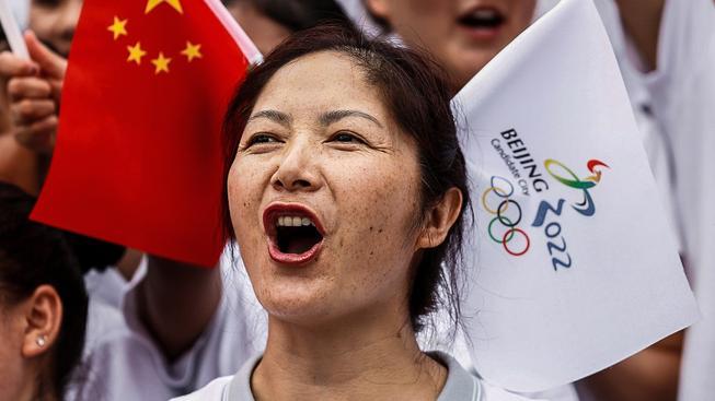 Povinná radost Číňanů z pořadatelství zimní olympiády