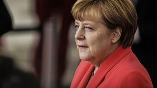 Podle Merkelové by neměly uprchlickou zátěž nést tři nebo čtyři státy