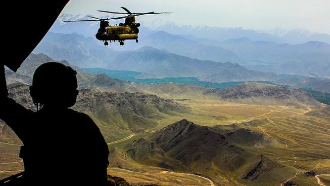 Američané v Afghánistánu zůstanou o něco déle