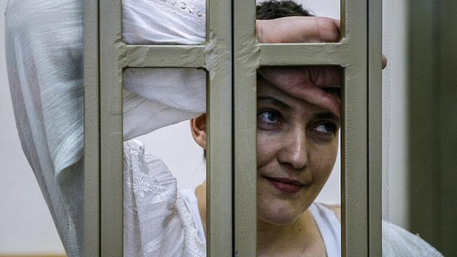 Ukrajinská pilotka Nadija Savčenková u soudu