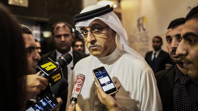 Bahrajnský princ by chtěl šéfovat FIFA, obvinění z mučení fotbalistů mu ale k vysněnému křeslu  nepomůže