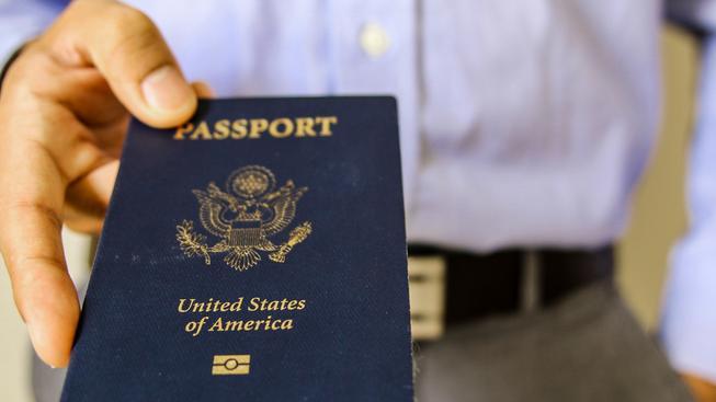 Když jde o peníze a byrokracii, na svém občanství Američané netrvají (ilustrační snímek)