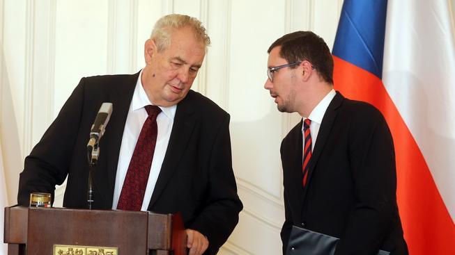 Miloš Zeman a Jiří Ovčáček... Prezidentův mluvčí vždy ví, co si jeho šéf myslí...