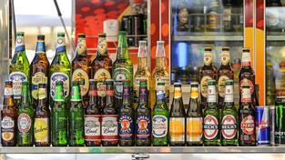 Sloučením dvou obřích pivovarnických společností vznikne gigant, který ovládne třetinu světového trhu s výrobou piva (ilustrační snímek)