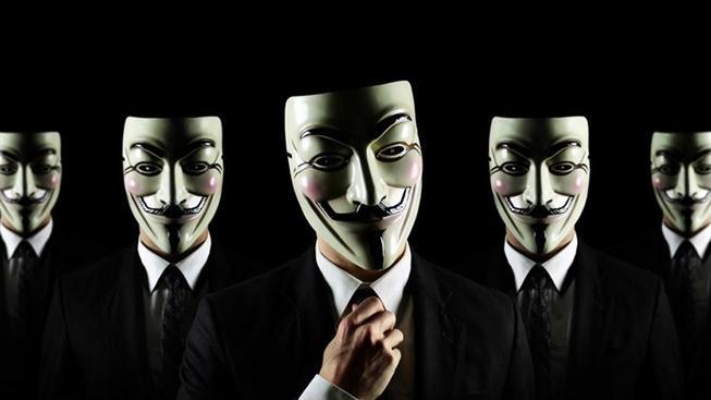 Hackerské hnutí Anonymous je skupina anonymních hackerů. Ve svých zprávách se maskují