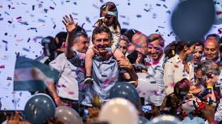 Novopečený argentinský prezident, který slíbil všechno všem, ale nebude to nejspíš moci splnit