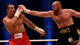 Vladimir Kličko v souboji s Tysonem Furym