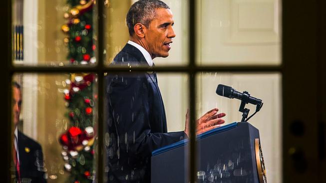 Přelomové informace se od Baracka Obamy Američané nedočkaly, snažil se alespoň uklidnit hrozící hysterii a protiislámské nálady