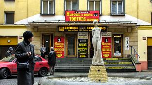 Kino 64 u Hradeb v Mostecké ulici