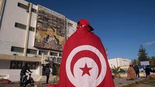 Tunisan vzdává hold památce upáleného Mohameda Bouaziziho