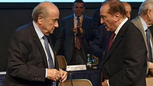 Sepp Blatter a Eugenio Figueredo během 64. kongresu Jihoamerické fotbalové konfederace (CONMEBOL)