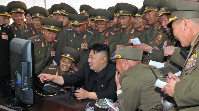 V Severní Koreji mají sice počítače, ale s novým operačním systémem se na internet nedostanou a každý jejich krok monitorují úřady
