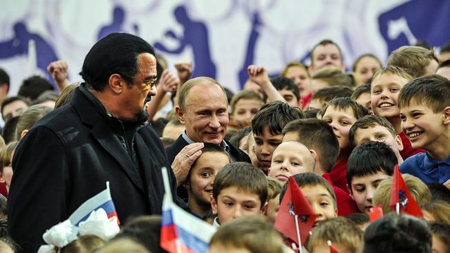 Segal sdílí s Putinem lásku k bojovým uměním