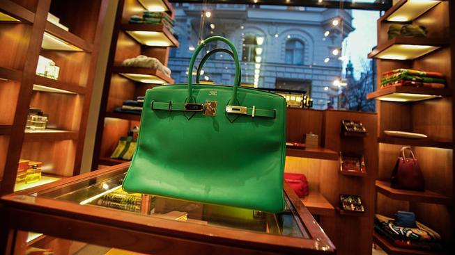 Luxusní kabelky nepotřebují reklamu, zejména Birkinky ne