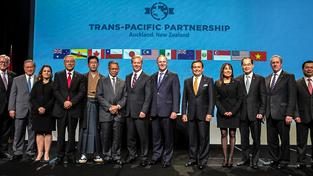 Ministři 12 zemí podepsali pak Transpacifického partnerství