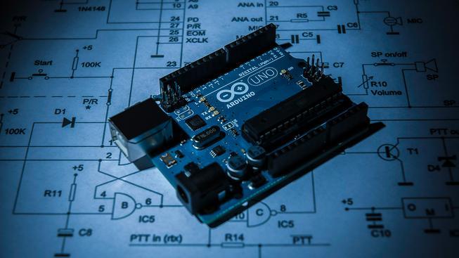 Malý stavebnicový počítač Arduino Uno
