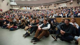Slovenští středoškoláci mají o studium na českých vysokých školách velký zájem (ilustrační snímek)