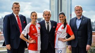 Spojení CEFC a Slavie Praha prezentují i nové dresy