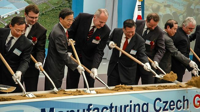 Šéfové automobilky Hyundai zakládají továrnu v Nošovicích. Ilustrační snímek
