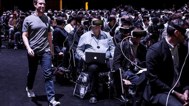 Mark Zuckerberg a Oculus. Trochu děsivá, ale možná prorocká fotografie