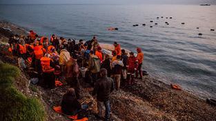 Uprchlíci na březích řeckého ostrova Lesbos
