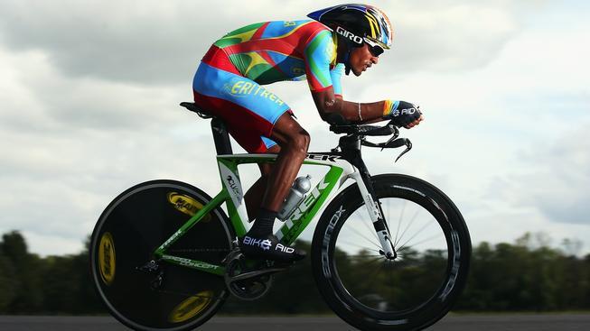 Eritrejský cyklista Mekseb Debessay