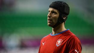 Kvůli poraněnému lýtku musel Petr Čech vynechat úvodní dva zápasy národního týmu v letošním roce proti Skotsku a Švédsku
