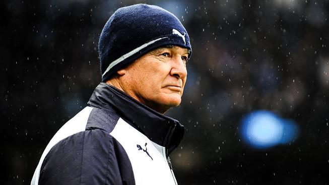 Náskok pět bodů a sedm zápasů do konce ligy. Dokáže Ranieri dovézt Leicester k anglickému titulu?