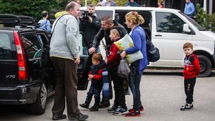 Uprchlíkům byly kamery od začátku neustále v patách