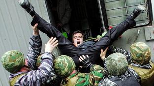 Zatýkání opozičních aktivistů měly speciální jednotky v Rusku dobře zvládnuté i dosud