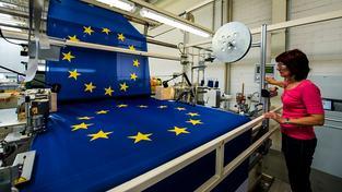 Lásku k Evropské unii je potřeba lidem vštípit, myslí si Evropská komise (ilustrační snímek)