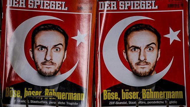 Německý komik, který naštval Erdogana, na obálce časopisu Der Spiegel
