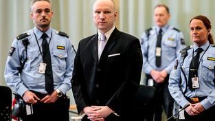 Soud částečně vyhověl stížnostem odsouzeného teroristy Anderse Behringa Breivika