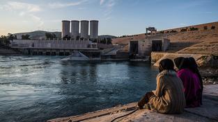 Přehrada u iráckého Mosulu představuje pro místní permanentní hrozbu