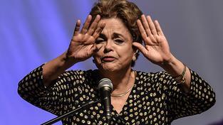 Dilma Rousseffová, první žena v čele Brazílie, vládla od roku 2010