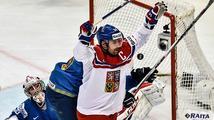 Díky, kapitáne! Upracovanou výhru 3:1 nad Kazachstánem vystřílel Česku Plekanec