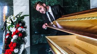 Čechům připadají pohřby drahé a snaží se na nich ušetřit (Ilustrační snímek)