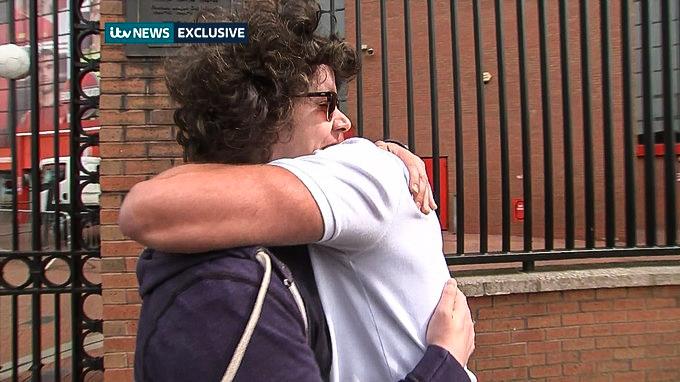 Setkání s hrdinou: po 27 letech poznal muže, díky kterému přežil fotbalovou katastrofu