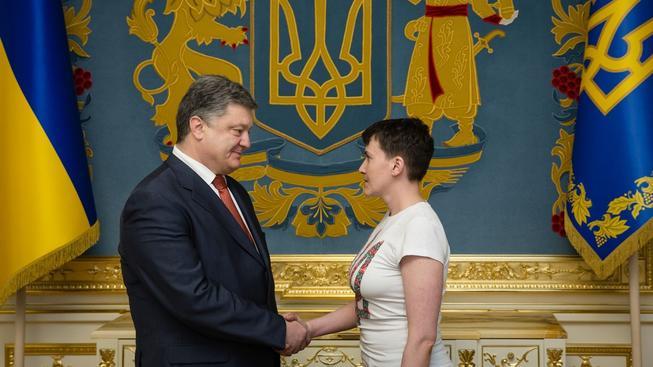 Vystřídá Nadija Savčenková ukrajinského prezidenta Petra Porošenka?