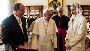 Papež udělil privilegium i monacké kněžně Charlene