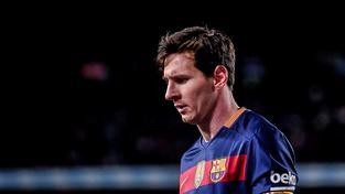 Lionel Messi se letos v lednu stal popáté v kariéře držitelem Zlatého míče