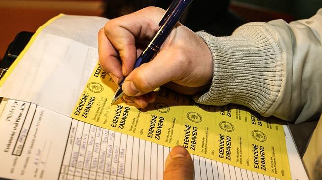 Poskytovatelé úvěrů budou muset dávat úvěry jen lidem, kteří je budou schopni splácet, Ilustrační snímek