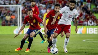 Španělé bez míče? Netradiční obrázek i v duelu s Gruzií