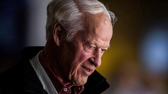 Takřka celou svoji kariéru zasvětil Gordie Howe působení v týmu Detroit Red Wings