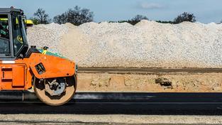Výstavba dálnic je v Česku předražená. Ilustrační snímek