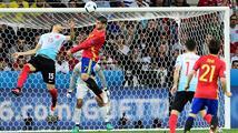 Španělé a Italové jsou v osmifinále. Ti první pomohli Čechům načnout Turky