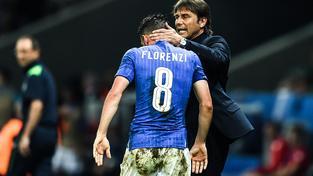 Antonio Conte nasadil s vědomím osmifinálového duelu se Španělskem do posledního utkání skupiny s Irskem náhradníky, jako Alessandra Florenziho