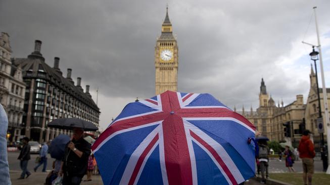 Výsledky referenda byly těsné, petice za jeho opakování ale moc šancí na úspěch nemá