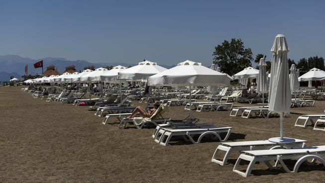 Turecké pláže bez ruských turistů zejí prázdnotou