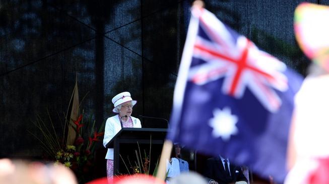 Královna Alžběta II. na návštěvě svých australských poddaných